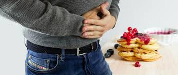 How to help your stomach digest easier after overeating